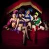 Burlesque artist 123