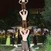Acrobat Trio 16