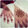 Henna artist 84